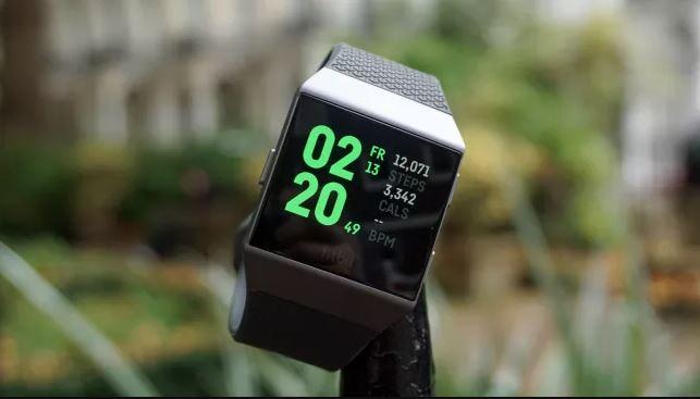 đánh giá Fitbit Ionic