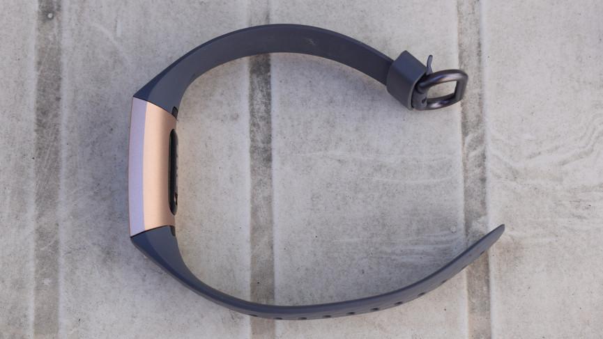 vòng đeo tay Fitbit Charge 3
